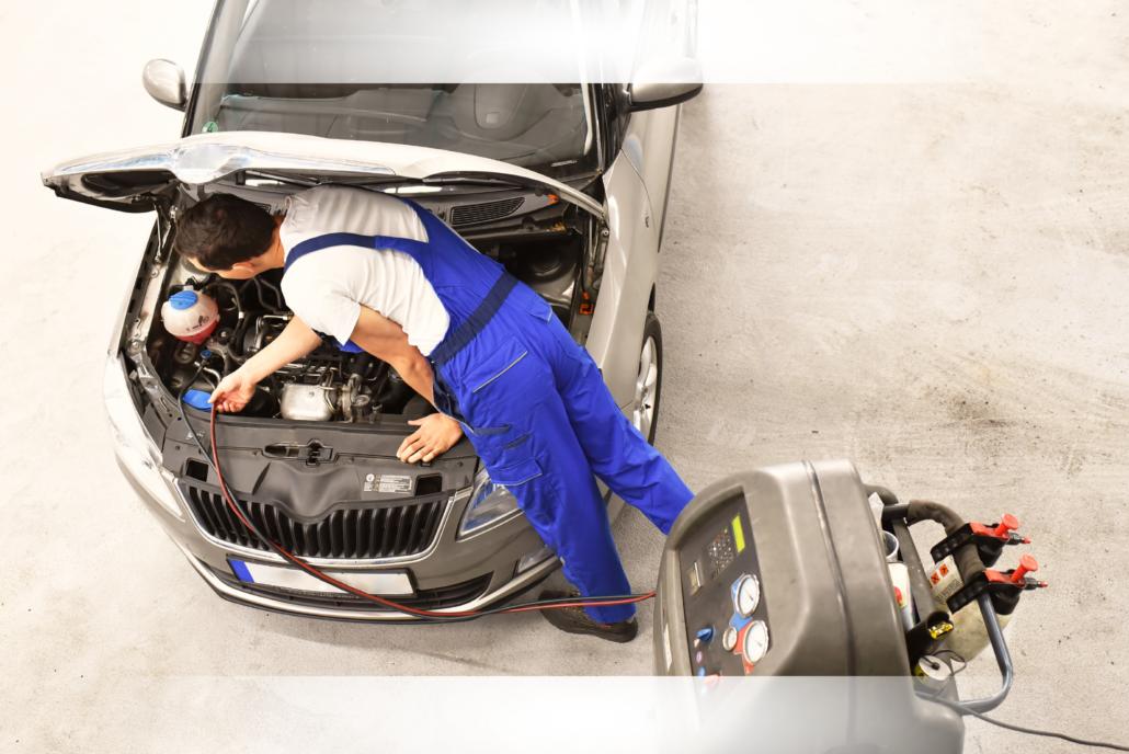 Ricarica il Climatizzatore della tua Auto da Top Service e Risparmia
